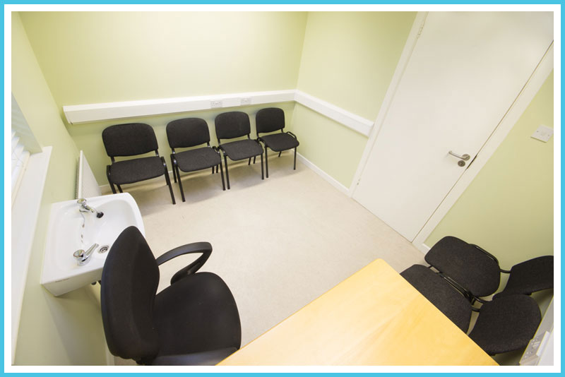 Bellevue Clinic Treatment Room 2 - Available to Rent